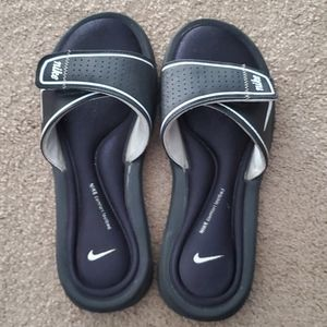 Women's Nike Sliders